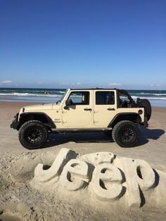 Tan Jeep Wrangler, Jeep Wrangler Unlimited, Jeep Cars, Jeep Truck, My Dream Car, Dream Cars, White Jeep, Custom Jeep, Cool Jeeps