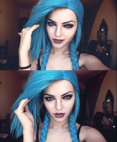 Andrasta cosplay as Jinx (League of Legends)