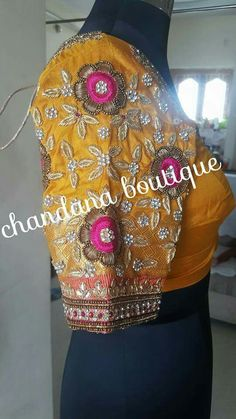Simple Blouse Designs, Saree Blouse Designs, Blouse Patterns, Blouse Styles, Mirror Work Blouse, Indian Bridal Lehenga, Blouse Models, Siri, Ganesha