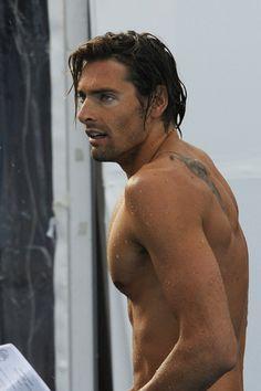 Spécial JO : ... je serais Camille Lacourt, le nageur français.  Source : glamourparis.com