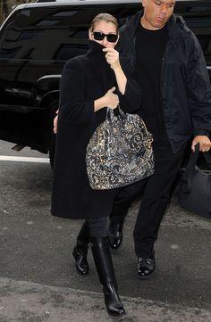 Celine Dion Photo - Celine Dion Returns Home