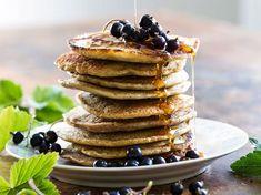 Pannekaker med surdeig. Pancakes, Breakfast, Food, Morning Coffee, Pancake, Meals, Yemek, Eten, Crepes