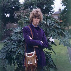 David Bowie: David Bowie in Paddington Street Gardens