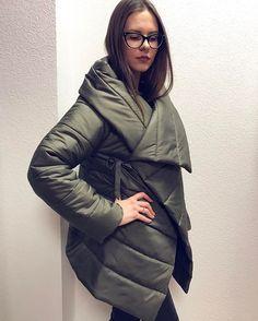 Пуховик-одеяло от ELEN LOKKEN✨легкий, стильный и теплый в наличии в разных цветах! Цена: 7000р. #дизайнерскаяодежда #nk_and_brands #воронеж #врн #пуховик #пуховикодеяло #одеялопуховик #верхняяодежда #стильныйпуховик #весна #зима