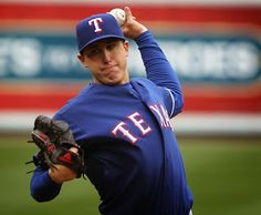 Rangers' Derek Holland had micro-fracture surgery, expected back at All-Star break | Sports Injury Alert