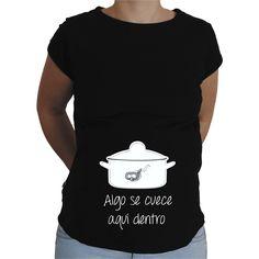 Camiseta para embarazada Divertida - Algo se cuece aqui dentro.