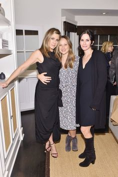 Pin for Later: Birthday Girl Jennifer Aniston's Got More Famous Friends Than We Can Count  The actress shared a sweet moment with jewelry designer Jennifer Meyer and Courtney Cox at a Barney's event in NYC in November 2015.