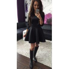 черное платье Шанель с пышной юбкой