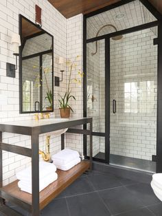 Houzz | Transitional Bathroom with Subway Tile Design Ideas & Remodel Pictures
