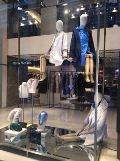 "MAX MARA,""GIRLS......5 minutes till store opening.....please get ready"", pinned by Ton van der Veer"