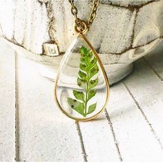 Belladonna Pressed Plant Necklace Preserved Moss Resin Necklace Real Flower Necklace Girlfriend Gift For Her Moss Terrarium Necklace