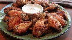 Steakhouse Chain Restaurant Recipes: Buffalo Garlic Chicken Wings