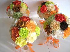 Set of 4 Elegant Paper Roses in glass, wedding table decor, Crepe Paper rose, wedding flowers, pomander Party dekor, Centerpieces decoration