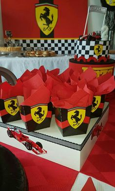 Boy First Birthday, Boy Birthday Parties, Ideas Decoracion Cumpleaños, Ferrari Party, Car Themed Parties, Race Car Party, Holidays And Events, Baby Shower Invitations, First Birthdays