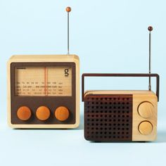 Wooden Radios - sweet!