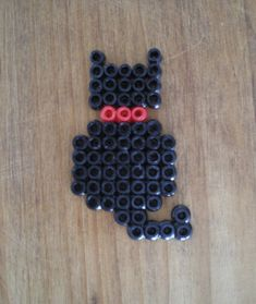 http://cartulina.es/perler-beads-ideas-creativo-pasatiempo/ Diseño hama beads - gato