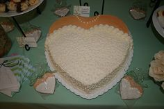 cute bridal shower cake and matching favor cookies