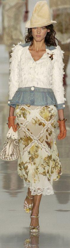 ♔ g r a n n y 's g o o d w i l l {granny inspired chic is quaint} Christian Dior Spring 2005