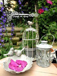 *TOPRAK ve AHŞAP*: grinin elli tonu :)) Outdoor Rooms, Outdoor Gardens, Decoupage, Glass Vase, Home Decor, Sign, Decoration, Google, Decor