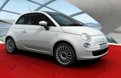 Italian car maker Fiat may not have had the best times in various parts of the world, especially in India, however, in the UK, Fiat car sales are doing exceedingly well. Earlier this week, Fiat announced that they have sold 100,000th unit of 500 hatchback in the UK automobile market.