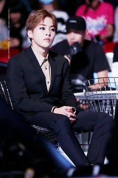 XiuMin - MAMA 2015 #exo #cute #handsome #xiumin #minseok off neden bu kadar mükemmelsin oğğhhhff 😖❤😖🌼