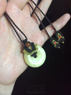 鸿运当头皆平安-手工客官网 Macrame Design, Washer Necklace, Pendants, Handmade, Jewelry, Crafty, Ponchos, Leather Jewelry, Crafting