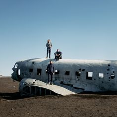 Dstrezzed. Brotherhood of the modern gent. Photography by Vivian Hoorn in the beautiful surroundings of Iceland for the Dstrezzed AW18 Collection. The Abandoned DC Plane on Sólheimasandur.