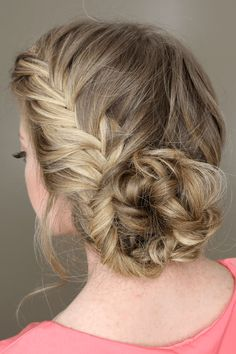 Fishtail French Braid Braided Bun - I really want to try this but my hair is so thin, I don't think it would look right. Braided Prom Hair, Prom Hair Updo, Hair Dos, Fishtail Hair, Box Braids Hairstyles, Pretty Hairstyles, Updo Hairstyle, Wedding Hairstyles, Teenage Hairstyles