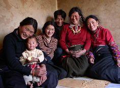 Buddhist pilgrim family from Sichuan