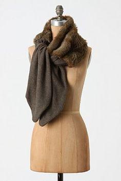 faux fur scarf                                                       …