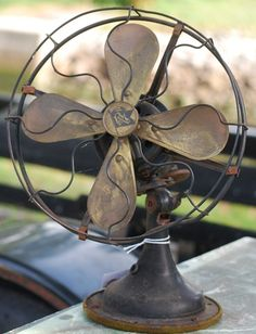 Love old fans...I remember a really old fan we had like this (was my Grandpa's I think) and thank god they have improved fans and air conditioning!!!
