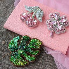 Diy earrings 331155378851715183 - Crochet jewelry earrings beads super ideas Source by Bead Embroidery Tutorial, Bead Embroidery Jewelry, Beaded Embroidery, Handmade Beaded Jewelry, Brooches Handmade, Bead Jewellery, Boho Jewelry, Earring Tutorial, Beaded Brooch