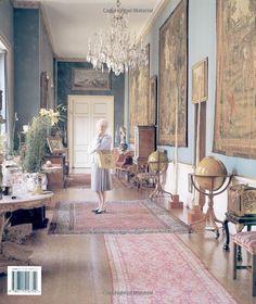 Chatsworth: The House: Dowager Duchess of Devonshire, Simon Upton: 9780711216754: Amazon.com: Books