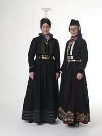 "19th century ""faldbúningur"", traditional Icelandic costume"
