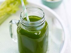 Celery, cucumber and spinach juice Spinach Juice, Celery Juice, Cucumber Juice Benefits, Natural Health Magazine, Juicer Recipes, Juicing For Health, Super Greens, Lower Cholesterol, No Carb Diets