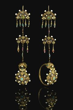 Morocco | Pair of gem-set, enamel and gold earrings | ca. 18th Century