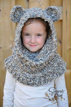 Ravelry: Un'bear'ably linda con capucha Capucha (Scoodie) patrón Sinceramente Pam