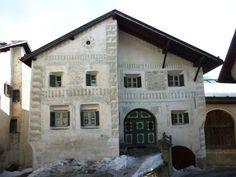 NEU_Schellenursli_Haus_Guarda_51.jpg