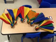 Repurposed umbrellas- games for indoor recess- remove the fabric top off a broken umbrella, tuck a soft ball in the center and wrap a rubber band around to hold it together. Pair with a hula hoop for a target, perfect for rainy days in the gym! Preschool Lesson Plans, Activity Games, Classroom Activities, Preschool Activities, Gym Games, Camping Games, Rainy Day Games, Rainy Days, Indoor Recess Games