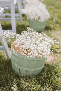 rustic green wedding ceremony idea; photo: Hot Metal Studio via Ruffled