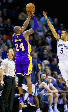 Kobe Bryant – 13,421 : Top 10 NBA players in missed shots