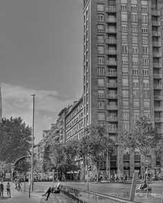 Bcn numancia/tarragona C7070 #naturalphotograph#naturalphotography#art#blackandwhite#barcelona#barcelonagram#urban#travel#photography#photographer#instapic#instagood#instalike#instagram#streetphotography_bw#streetphotography#canon#canonphotography#nikon#nikonphotographer#japan#usa#uk#olympus#nikond7000#blue#italia http://tipsrazzi.com/ipost/1508608777175486815/?code=BTvp7CclNFf