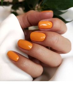 60 Stylish Nail Designs For Short Nails How to use nail polish? Nail polish on your friend's nails looks perfect, but you can't apply nail polish as you wa Diy Nail Designs, Short Nail Designs, Nail Color Designs, Orange Nail Designs, Hair Designs, Diy Nails, Cute Nails, Manicure Ideas, Short Nail Manicure