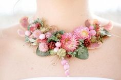 I'm in love with floral jewelry. For a wedding, a piece of floral jewelry is a great alternative to a corsage or a bridesmaid bouquet. Think about it: corsages get crushed, but [. Real Flowers, Dried Flowers, Cut Flowers, Beautiful Flowers, Love Is In The Air, Floral Photography, Floral Necklace, Crochet Necklace, Bridesmaid Bouquet