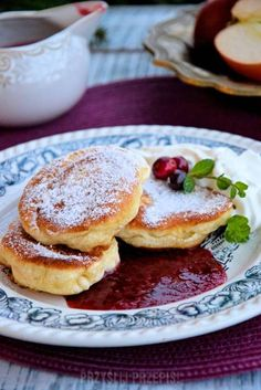 Anyżkowo: Fluffy pancakes without yeast Fruit Recipes, Baking Recipes, Sweet Recipes, Dessert Recipes, Desserts, Polish Recipes, Breakfast Dishes, Special Recipes, I Foods