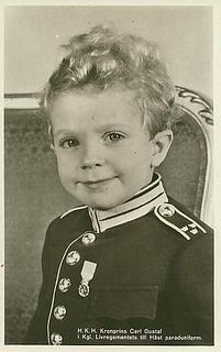 Prince Carl Gustaf (Carl Gustaf Folke Hubertus) Sweden, today King Carl XVI Gustaf of Sweden by Miss Mertens. Future husband of Silvia Renate Sommerlath Germany. Princess Estelle, Crown Princess Victoria, Queen Victoria, Prince Héritier, Prince And Princess, Swedish Royalty, Prince Carl Philip, Queen Silvia, Casa Real