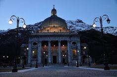 Basilica del Santuario di Oropa - Biella - Italia - Basilica of the Shrine of Oropa - Biella - Italy