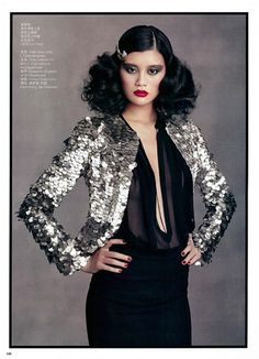 Vintage and Designer Jackets - For Sale at Iconic Tom Ford Mother Of Pearl Paillette Jacket 2011 Seen On Stella Tennant image 4 Disco Fashion, 70s Fashion, Love Fashion, Fashion Models, Daily Fashion, Studio 54 Fashion, Studio 54 Style, Studio 54 Costumes, Tom Ford