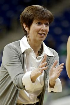 """Ann """"Muffet"""" McGraw is the current head women's basketball coach at Notre Dame. In 27 seasons at Notre Dame, she compiled a record. She led her team to 6 Final Fours, and won the National Championship in 2001 against Purdue Notre Dame Womens Basketball, Notre Dame Football, Basketball Legends, Football And Basketball, 50th Birthday, Birthday Cakes, College Football Teams, Final Four, Fighting Irish"""