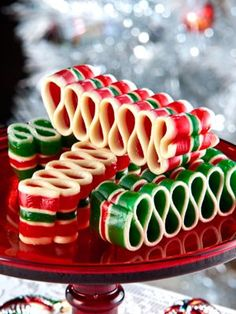 Ribbon Candy | Old Fashioned Christmas Ribbon Candy. For Christmas jars.